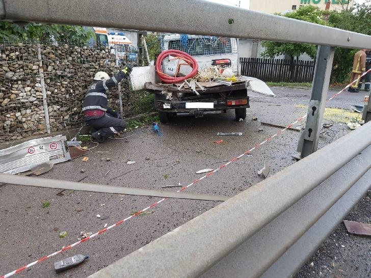 Două accidente rutiere în Prahova, în 45 minute