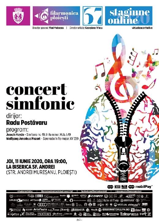 Orchestra simfonică a Filarmonicii ploieştene, condusă de la pupitrul dirijoral de maestrul Radu Postăvaru,pe esplanada Bisericii Sfantul Andrei Ploiesti