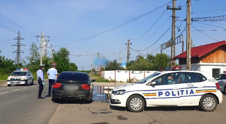 80 de sancţiuni contravenţionale aplicate de poliţiştii prahoveni la Floreşti, Filipeştii de Târg şi Măgureni