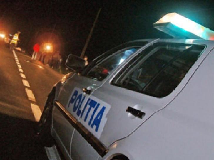 Accident la Valea Călugărească, un şofer fără permis a lovit un pieton beat, apoi a fugit de la faţa locului