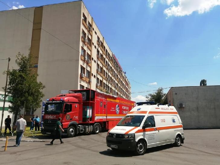 O unitate mobilă de terapie intensivă a ajuns la Spitalul Judeţean de Urgenţă Ploieşti