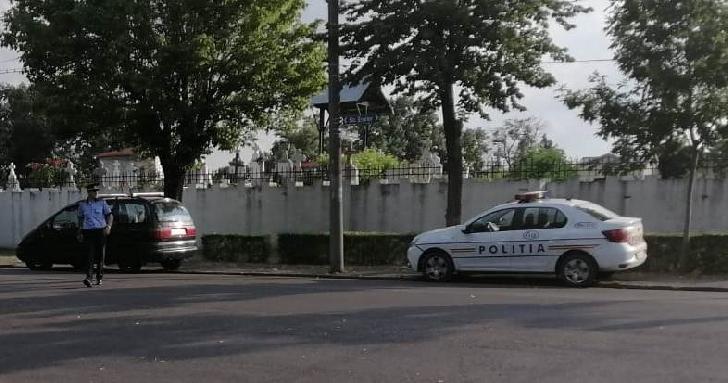 Poliţiştii ploieşteni au organizat acţiuni pentru siguranţa publică şi rutieră