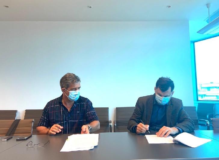 Primaria Ploiesti a semnat contractul privind achiziţionarea a 20 de troleibuze