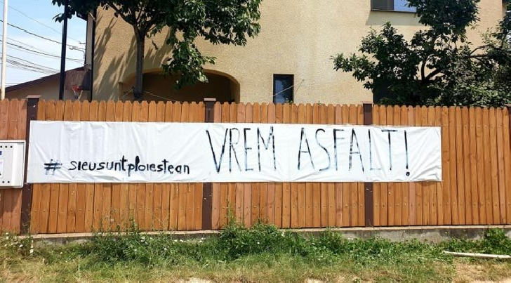 Locuitorii din cartierul ploieştean Mitică Apostol au continuat protestele paşnice