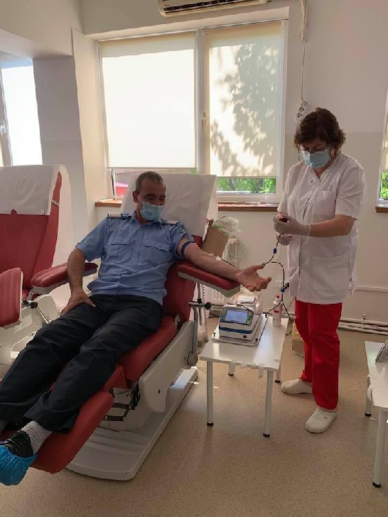 """Jandarmii montani din Prahova au donat sânge în cadrul campaniei"""" Sângele tău poate salva o viaţă"""""""