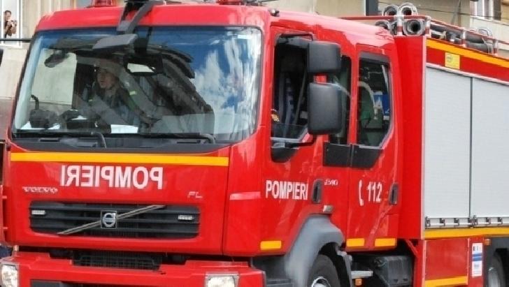 Incendiu la o anexă a Spitalului Sinaia