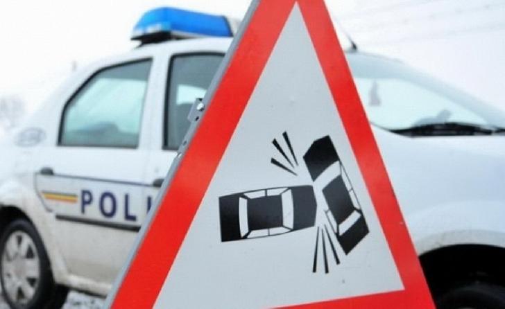 Accident rutier în Bucov, între o autoutilitară şi un autoturism