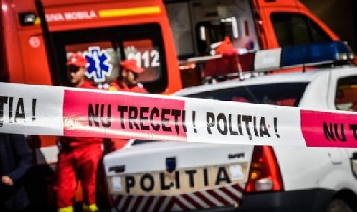Un bărbat a fost înjunghiat în faţa unui magazin din Ploieşti