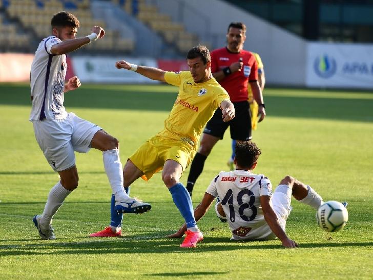 Petrolul Ploiesti si-a luat adio de la promovarea in Liga 1 .Petrolul Ploiesti-FC Arges Pitesti 1-2