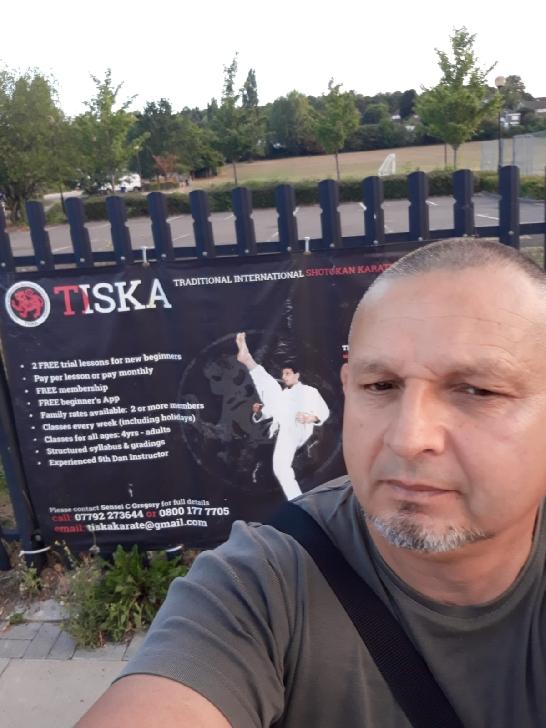 Flash interviu cu Radu Adrian Teodorescu.Interviu acordat din UK