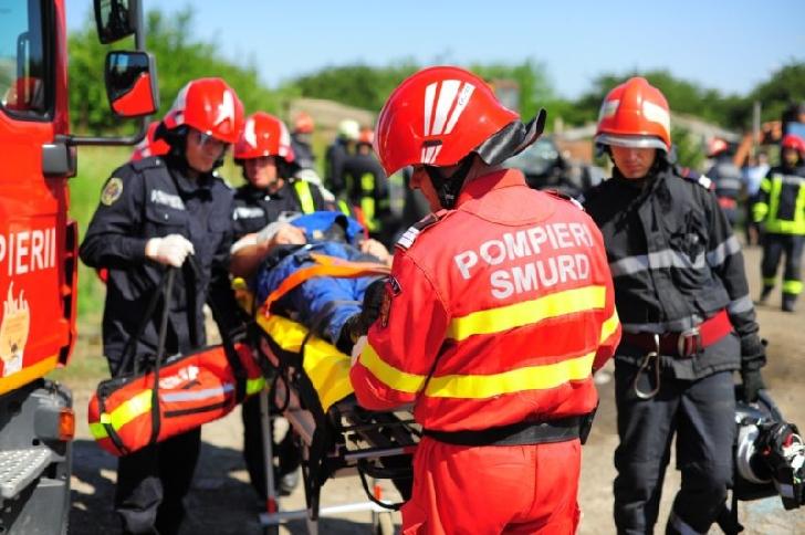 Accident grav  la Blejoi, între 5 autoturisme şi o motocicletă