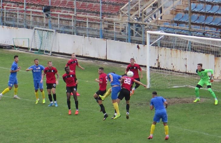 Amical cu 5 goluri . Astra II -Petrolul Ploiesti 3-2