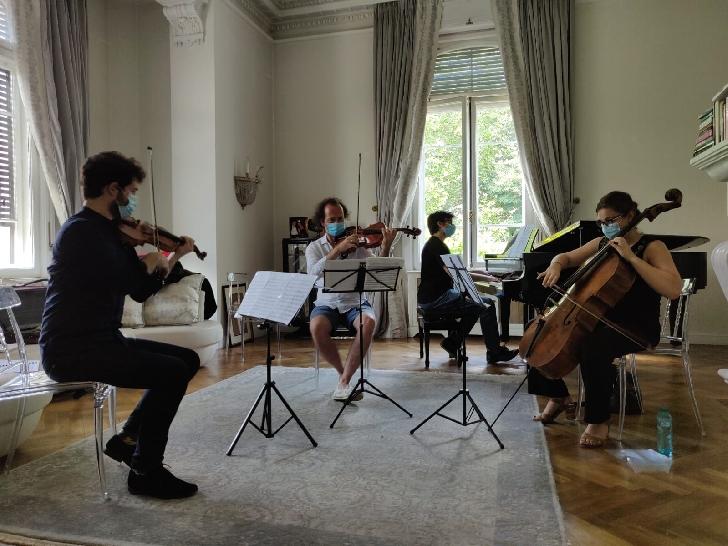 Concert al bursierilor SoNoRo Interferenţe 2020  la Castelul Cantacuzino din Buşteni