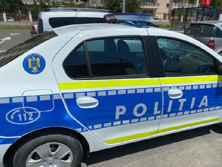 La Ciorani, un şofer beat a părăsit locul accidentului după ce a lovit un pieton
