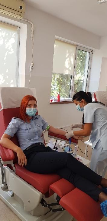 Pompierii militari prahoveni au donat sange