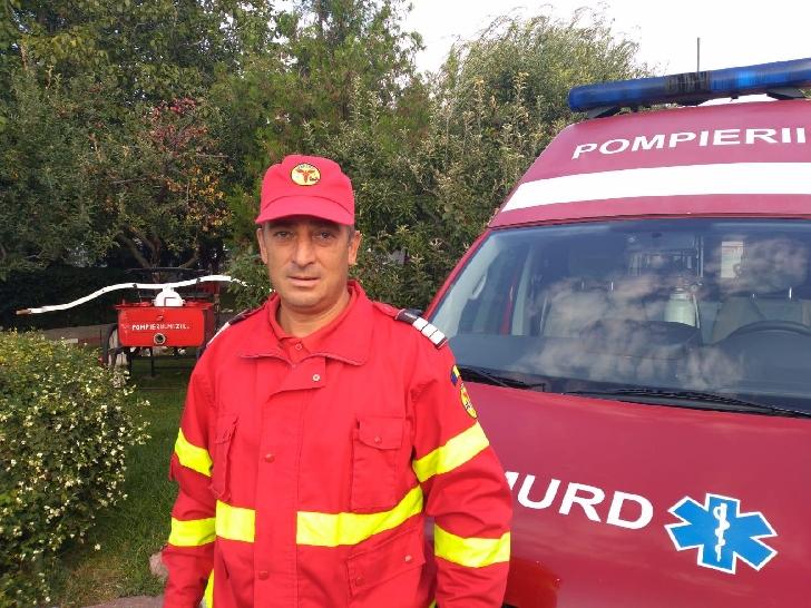 Un pompier prahovean a fost eroul unui copil in varsta de 1 an
