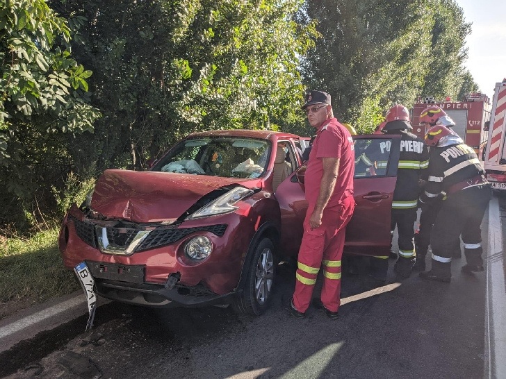 Accident rutier la Berceni, 2 persoane au ajuns la spital
