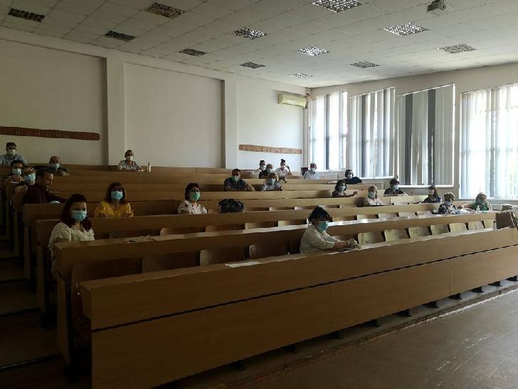 """La UPG Ploiesti in cadrul """"BURSA STUDENT ANTREPRENOR"""" vor fi deschise un amfiteatru si doua sali de curs"""