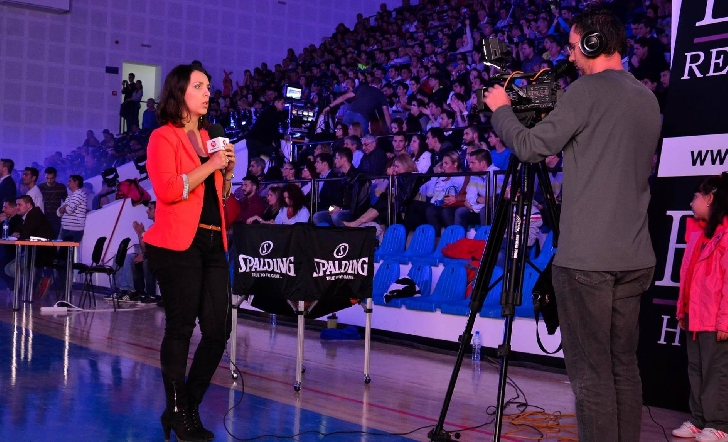 """INTERVIU DE 10 cu fosta jurnalistă, MIRELA OPREA."""" Mereu am apreciat spiritul Info Ploieşti City. Dăruirea ta pentru a promova tinerii..."""""""