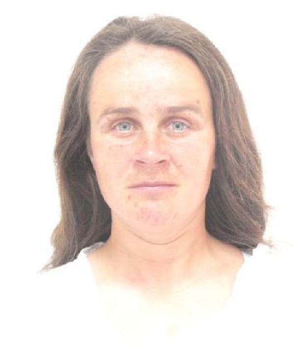 O femeie din Ploieşti este dată dispărută. Dacă o vedeţi sunaţi la 112 sau anunţaţi la cea mai apropiată secţie de poliţie