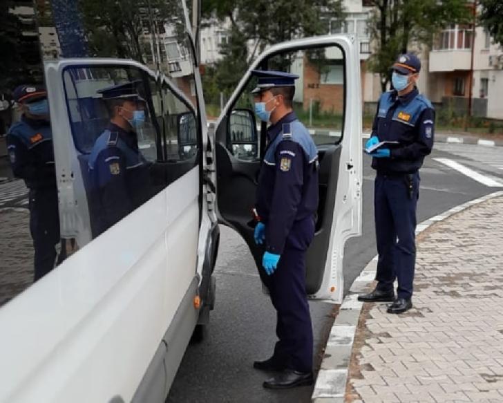 IJP PRAHOVA. ACŢIUNI PREVENTIVE ALE POLIŢIŞTILOR ÎN CONTEXTUL PREVENIRII RĂSPÂNDIRII VIRUSULUI SARS-COV-2