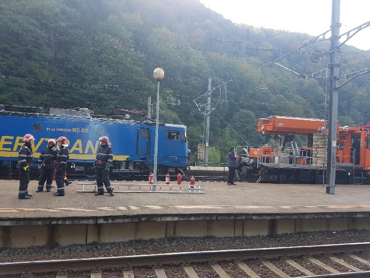 Incendiu la o locomotivă, în Gara Sinaia