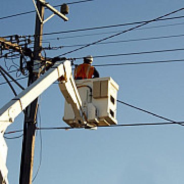 Locuitorii din 7 localităţi prahovene au rămas fără energie electrică