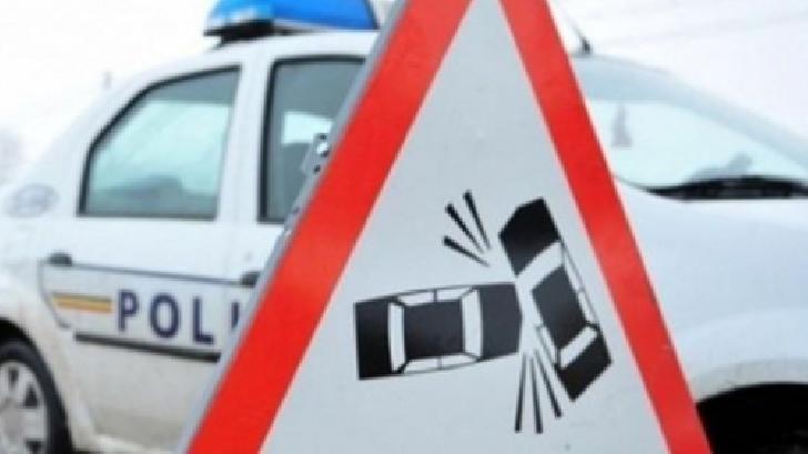 9 autoturisme au fost avariate pe o stradă din Ploieşti. Un şofer a ajuns la spital