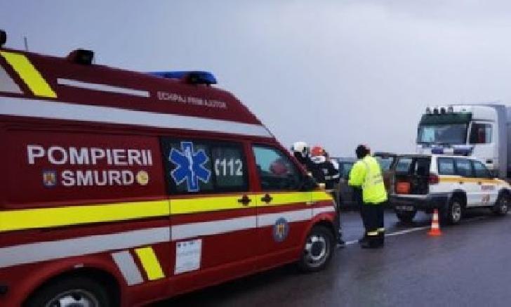 Accident rutier în Sinaia. Două autoturisme au intrat în coliziune