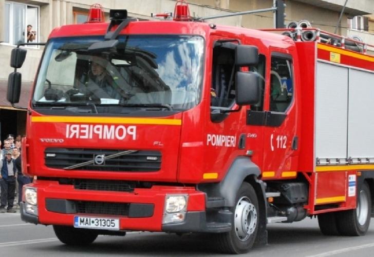 Incendiu la o casă particulară din satul Cuib, comuna Gornet
