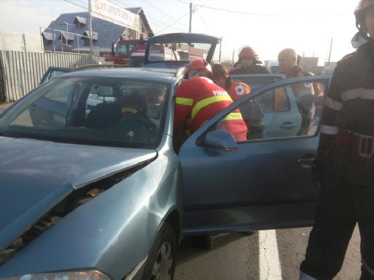 Accident rutier la Cornu. Trei femei au fost transportate la spital