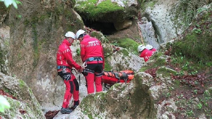 La Busteni,salvamontiştii montani au intervenit la salvarea a doi turişti
