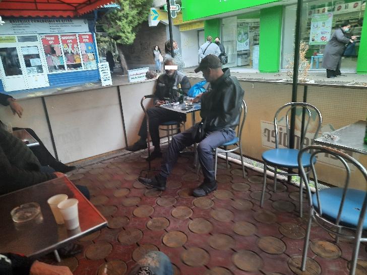 Ne scriu cititorii. Un domn cu handicap a urcat la volan după ce a consumat alcool (foto si video)