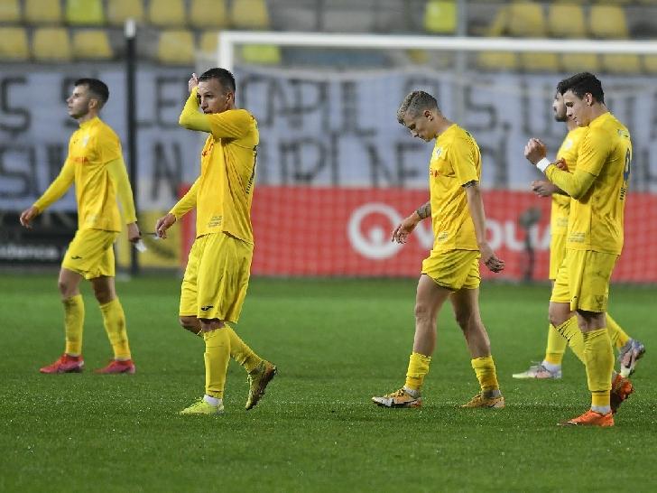 """Un alt """"dus rece """" pe """"Ilie Oana """" . Petrolul Ploiesti-CS Slatina 1-1"""