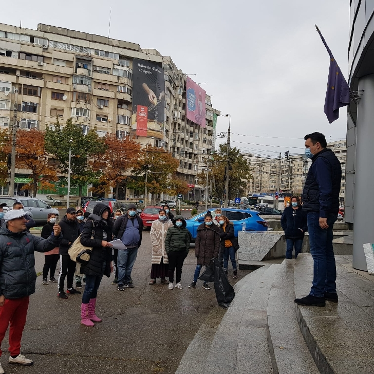 """Primarul Municipiului Ploieşti s-a intalnit cu """"asistatii sociali"""". Acestia nu vor mai primi ajutor daca nu participa la Programul """"Curatenie generala """""""