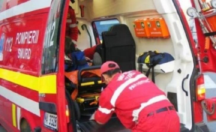 Accident rutier în Boldeşti Scăieni. Un şofer a decedat după ce a intrat într-un gard metalic