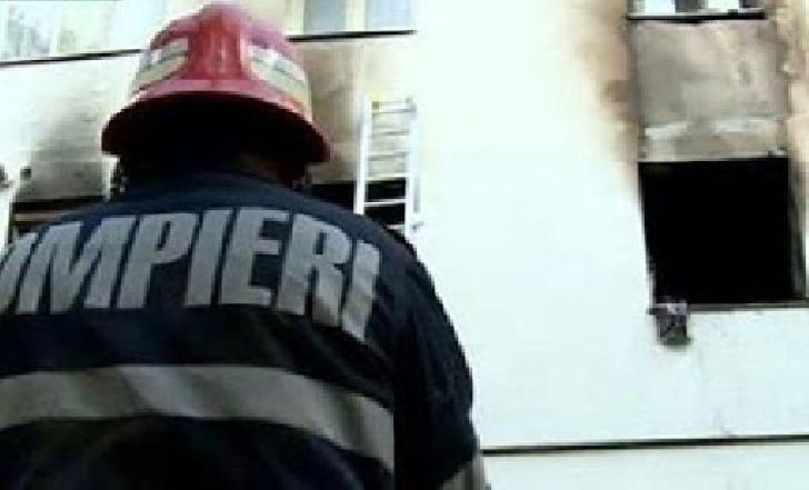 Incendiu într-un apartament de pe strada Constantin Brezeanu, din Ploieşti