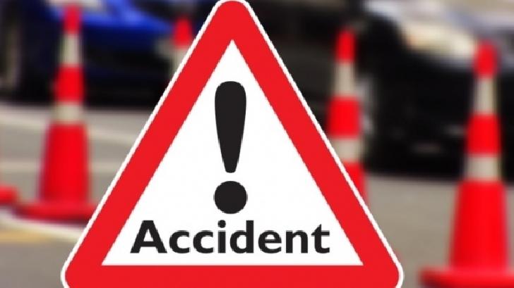 Accident rutier în zona Posada. Un autoturism s-a răsturnat pe partea stângă