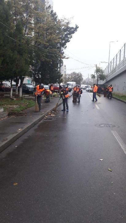 """Primăria Ploieşti. Acţiuni din Programul"""" Curăţenie generală"""".10 noiembrie 2020"""