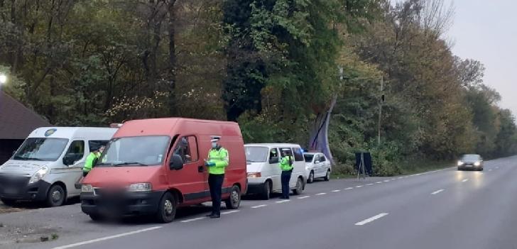 IPJ PRAHOVA a continuat actiunea de verificare a legalităţii efectuării transportului de marfă şi persoane. 12 noiembrie 2020