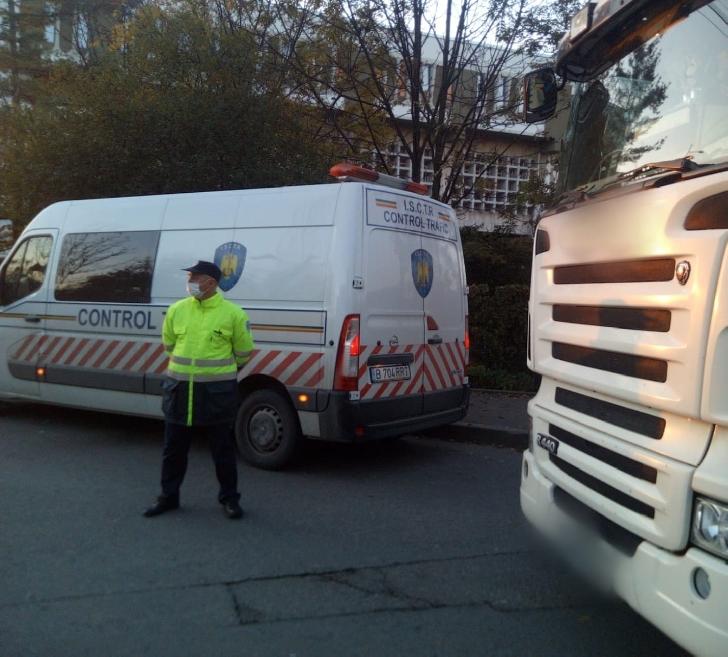 POLIŢIŞTII PRAHOVENI AU VERIFICAT  LEGALITATEA  TRANSPORTULUI DE PERSOANE
