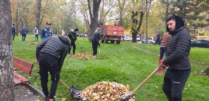 """Programul"""" Curăţenie generală"""" la Ploieşti. Acţiuni din data de 17 noiembrie 2020"""