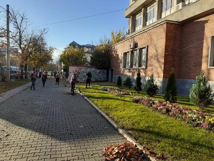 """Programul"""" Curăţenie generală în Ploieşti"""". Acţiunile din data de 23 noiembrie 2020"""