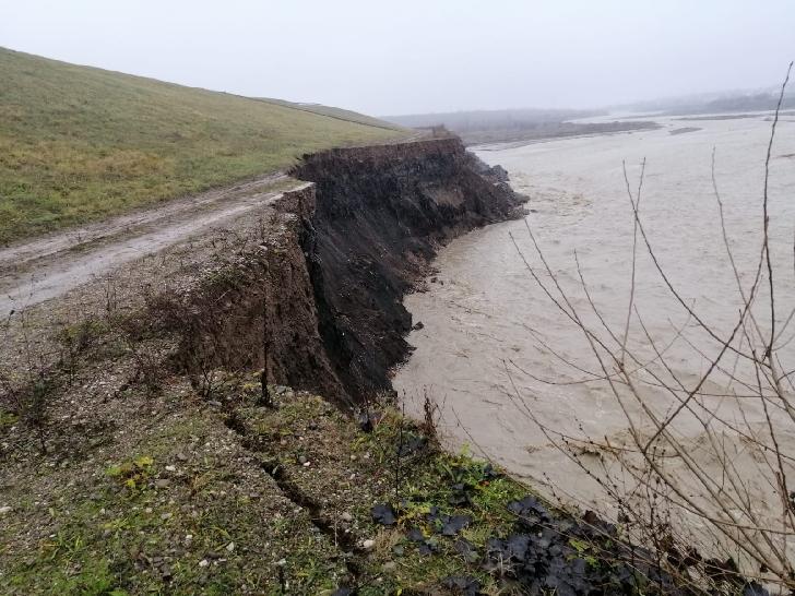 Primarul Municipiului Ploieşti  a verificat starea digului de pe râul Teleajen