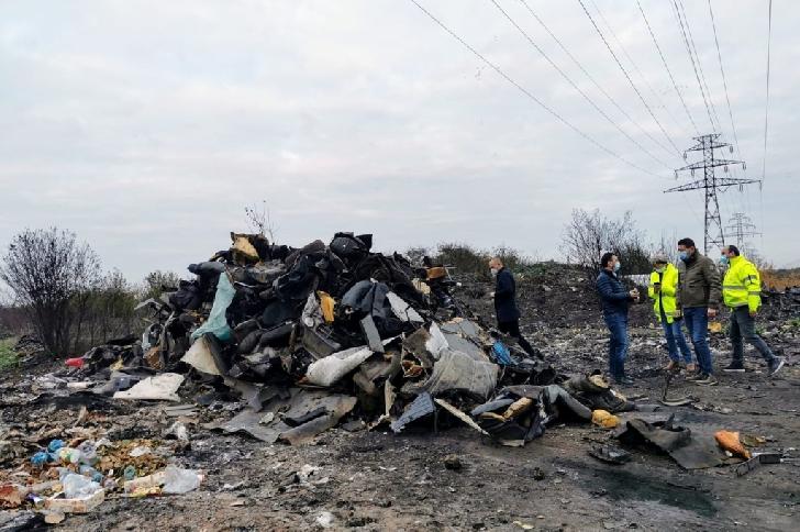 Primaria Ploiesti.Arderea deşeurilor de orice natură,  pe domeniul public, este contraventie