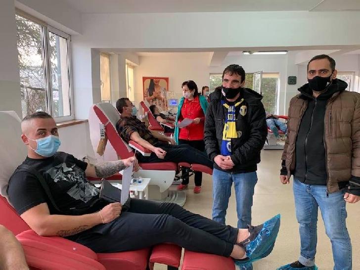 """Peste 400 de persoane au donat în cadrul campaniei umanitare"""" Donăm sânge şi plasmă pentru viaţă. STOP COVID 19"""""""