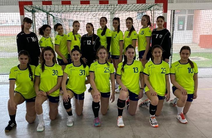 Echipa de handbal junioare 2 a CSM Ploiesti, victorii pe linie în turneul de la Buzău