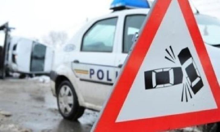 Accident rutier pe strada Gheorghe Grigore Cantacuzino din Ploieşti. O femeie a fost lovită de un autoturism
