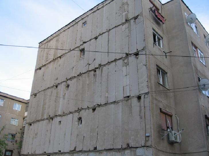 Primăria Municipiului Ploieşti va monitoriza  blocul cu locuinţe sociale de pe Aleea Cătinei