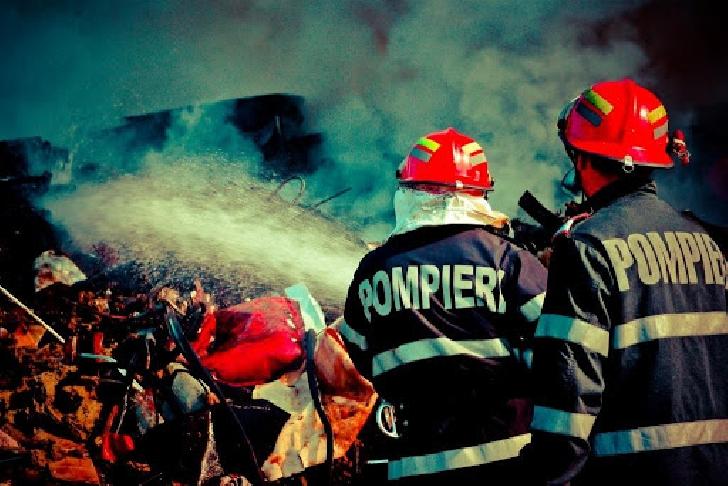 Incendiu la anexa unei case particulare,din Sinaia